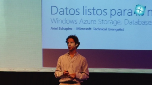 Windows Azure Storage, Databases, and Service Bus - Windows Azure DevCamp Buenos Aires