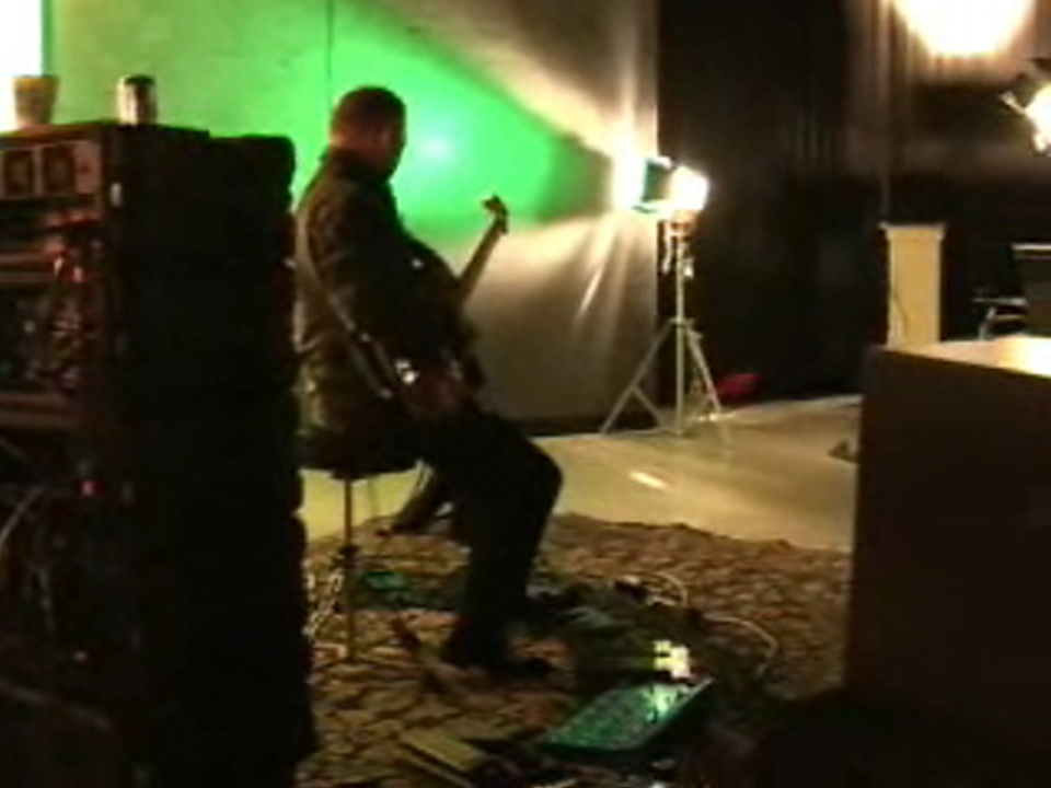 Robert Fripp - Behind the scenes at Windows Vista recording session