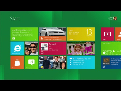 Microsoft's Windows 8 Comes Alive with Fast and Fluid New UI