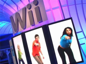 E3 Nintendo Booth and the Wii!