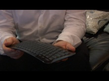 CES 2010: Microsoft's Arc Keyboard